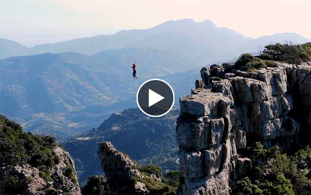 Video Slackline - Highlining in Sardegna a Ulassai
